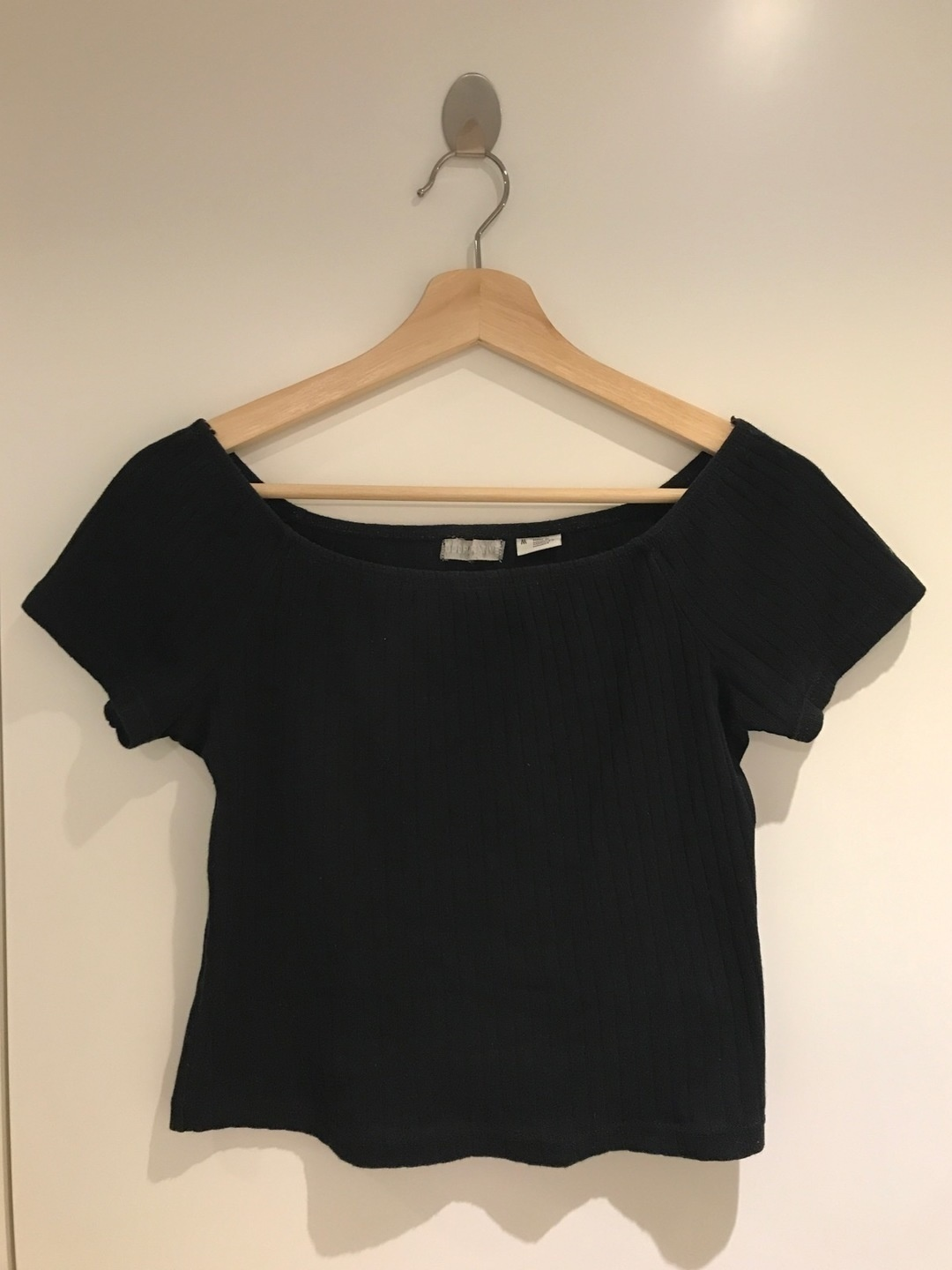 Women's tops & t-shirts - URBAN OUTFITTERS photo 1