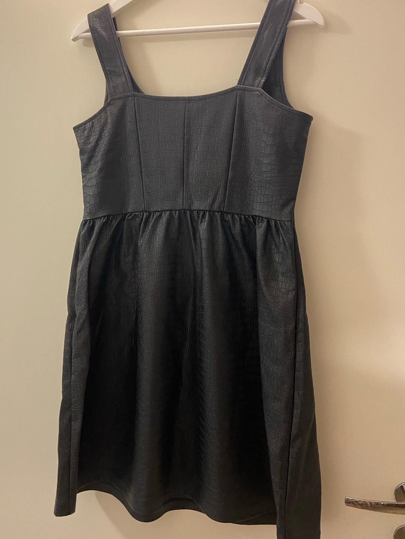 Damen kleider - SINSAY photo 3