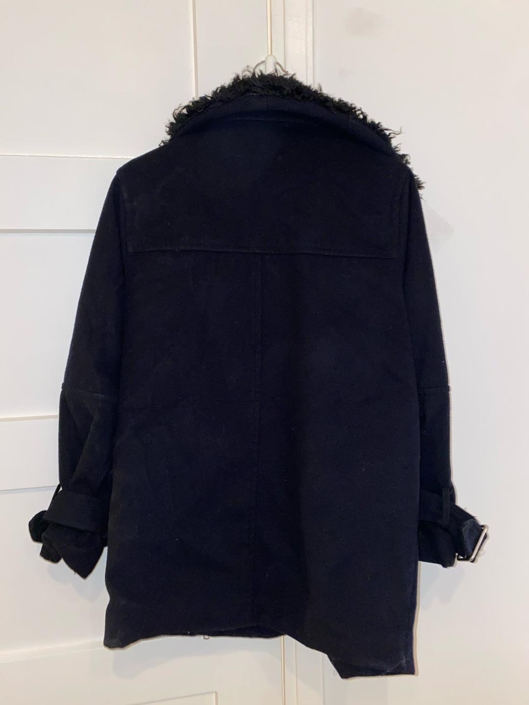 Damers frakker og jakker - MONKI photo 2