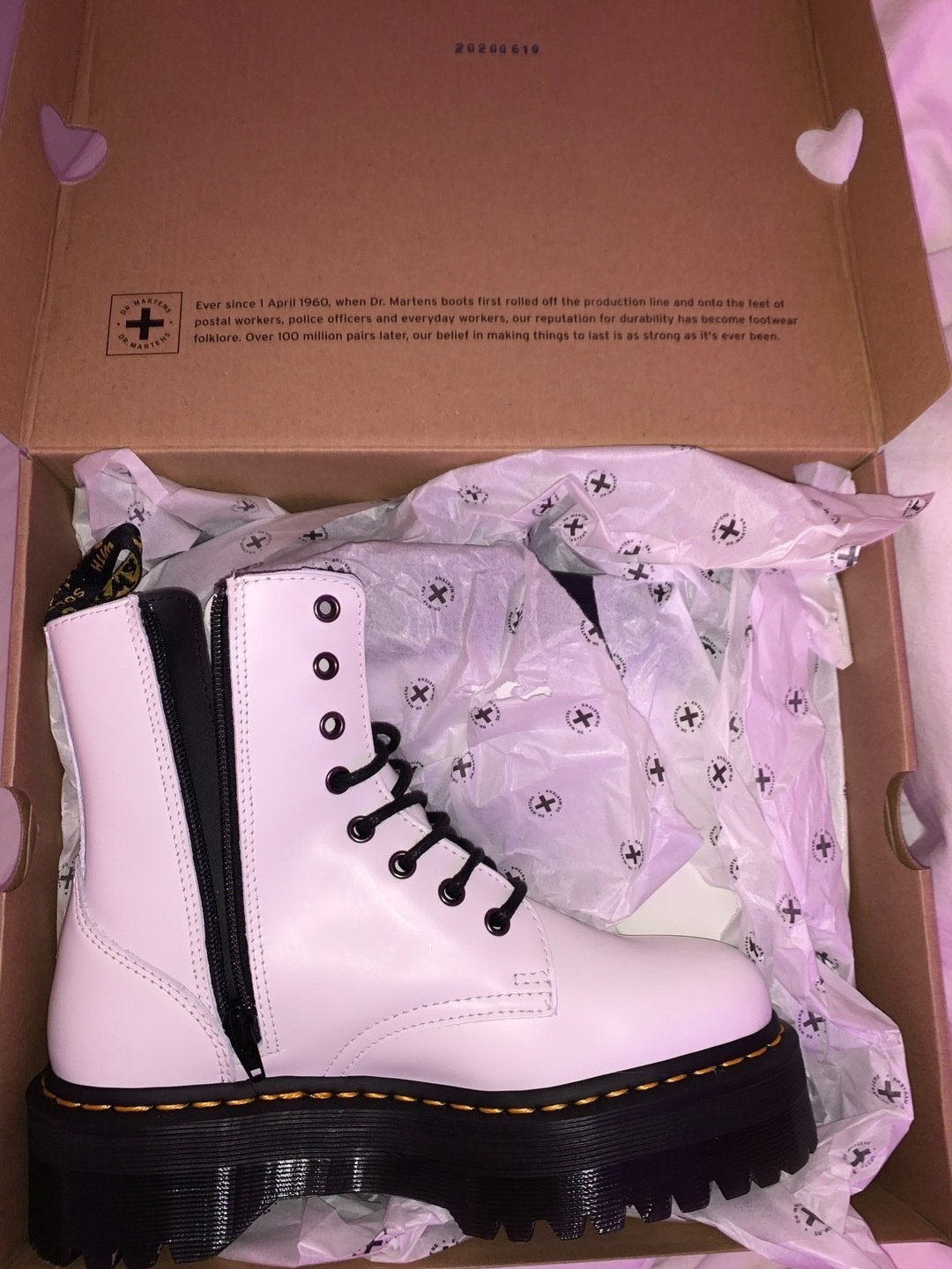 Naiset saappaat - DR. MARTENS photo 3