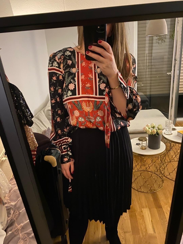Damen blusen & t-shirts - TWIST & TANGO photo 2