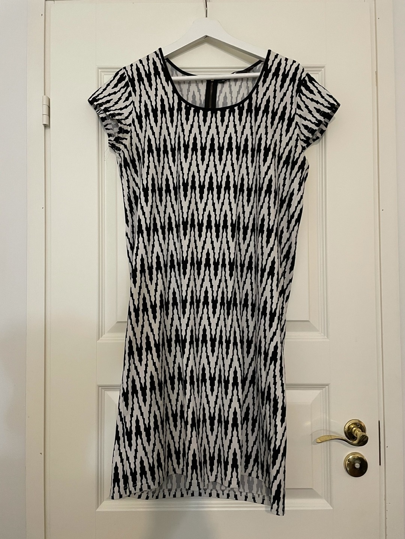 Damers kjoler - NOSH WOMEN photo 1