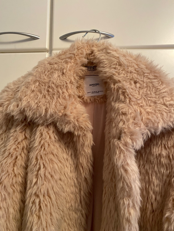 Naiset takit & jakut - MANGO photo 3