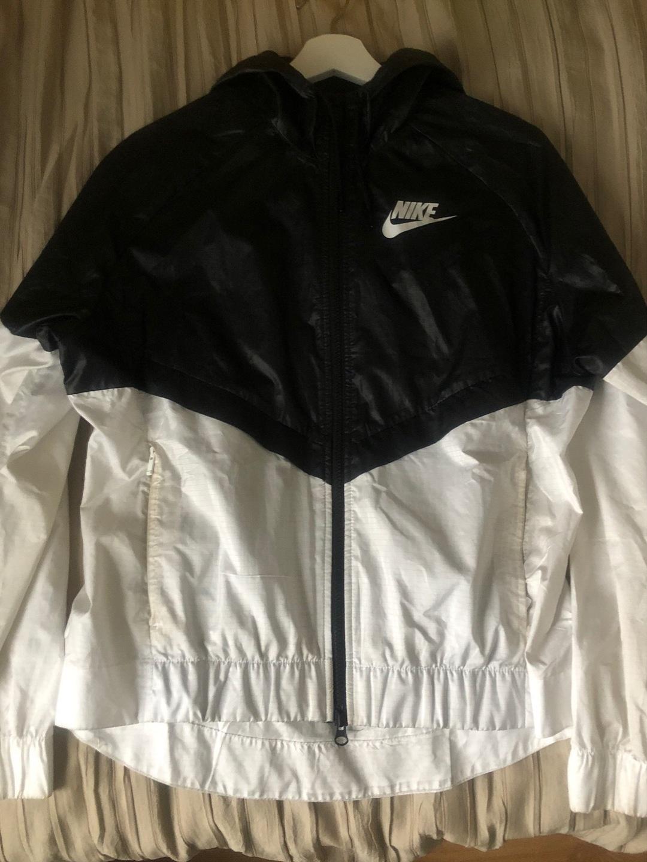 Damers frakker og jakker - NIKE photo 1