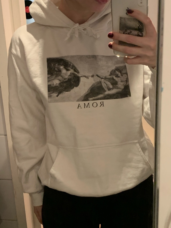 Damen kapuzenpullover & sweatshirts - BRANDY MELVILLE photo 1