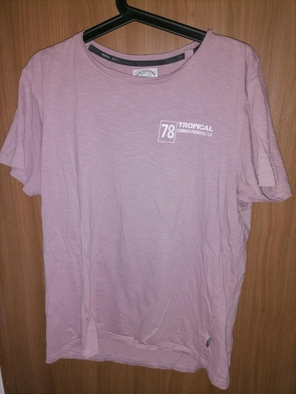 Women's tops & t-shirts - - photo 1