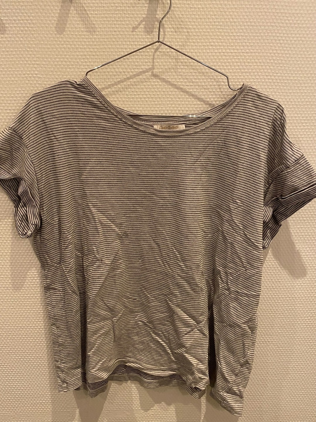 Damers toppe og t-shirts - PIECES photo 2