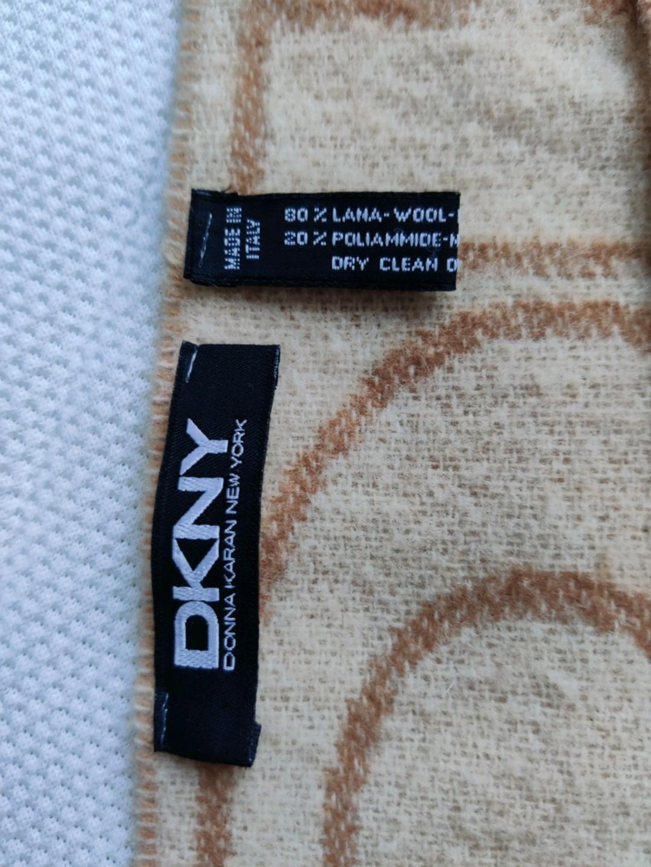 Damers tørklæder og sjaler - DKNY photo 2