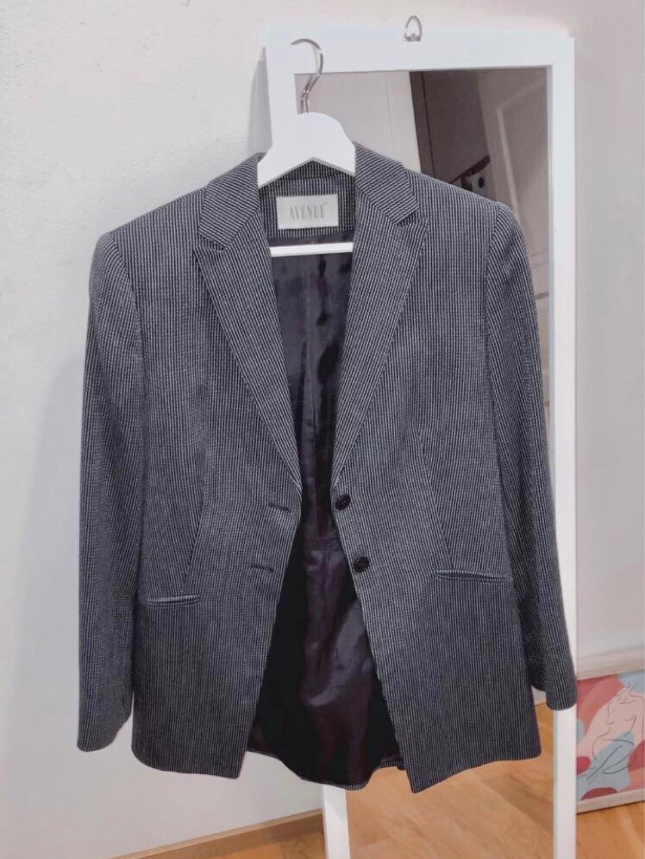Women's blazers & suits - AVENUE photo 3