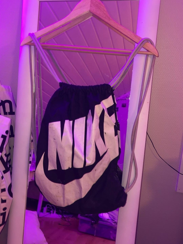 Naiset laukut & lompakot - NIKE photo 1