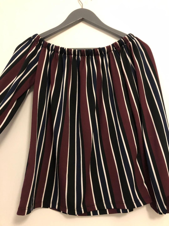 Damers bluser og skjorter - AMISU photo 2