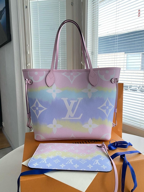 Damers tasker og punge - LOUIS VUITTON photo 2