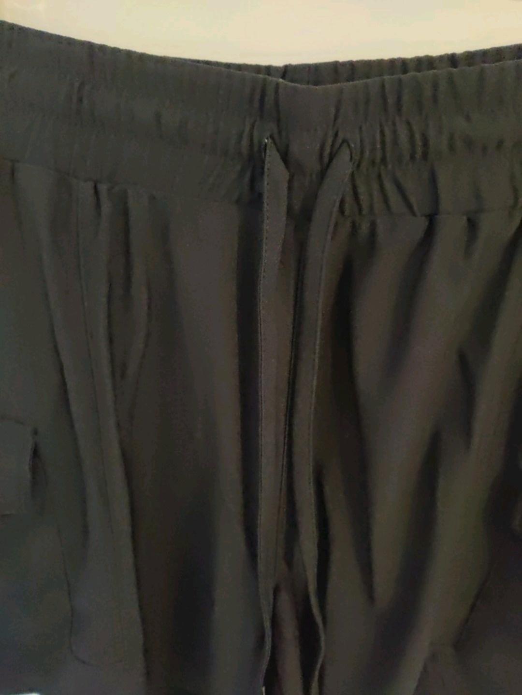 Naiset shortsit - NEW YORKER photo 3