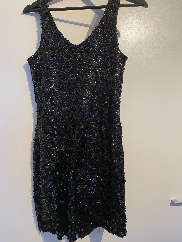 Women's dresses - MANER photo 1