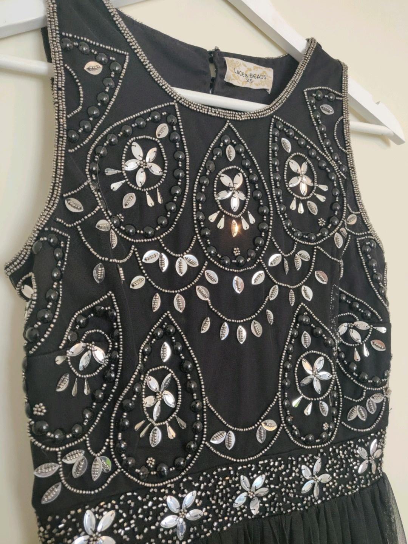 Women's dresses - LACE & BEADS photo 3