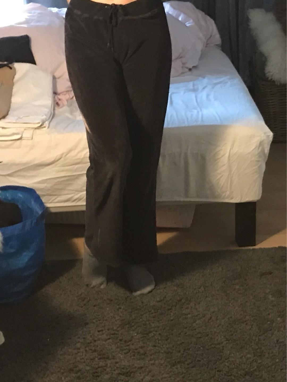 Women's trousers & jeans - SATS SPORT photo 1