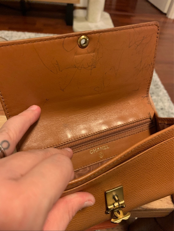 Women's bags & purses - CHANEL photo 2