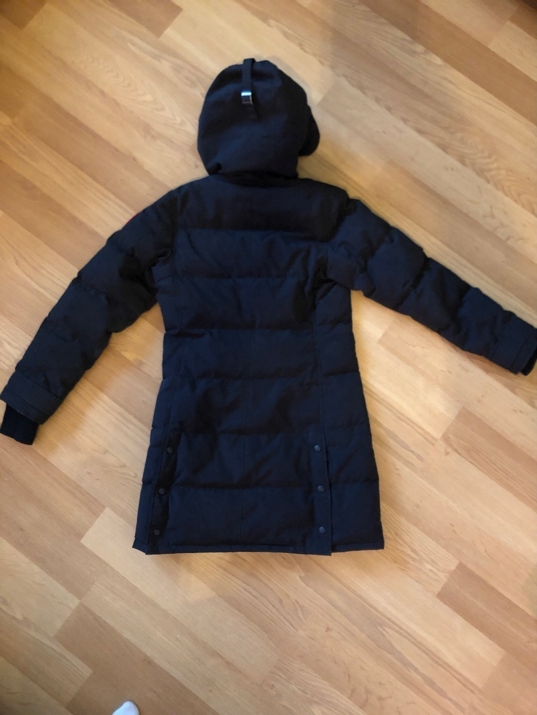 Women's coats & jackets - CANADA GOOSE photo 2