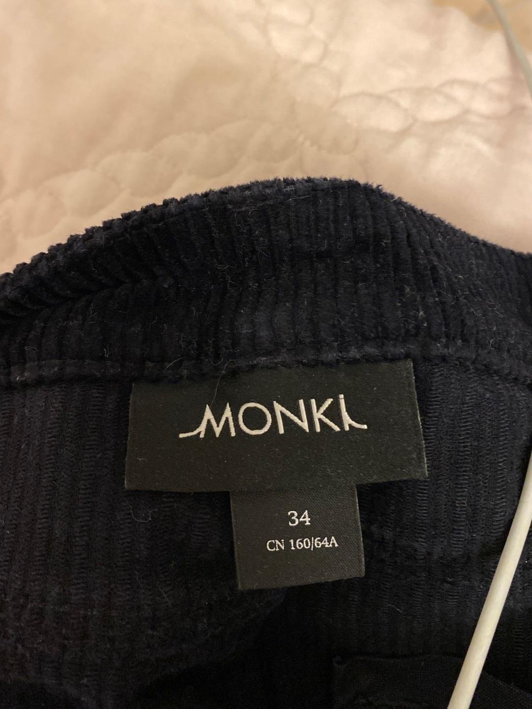 Damen hosen & jeans - MONKI photo 3