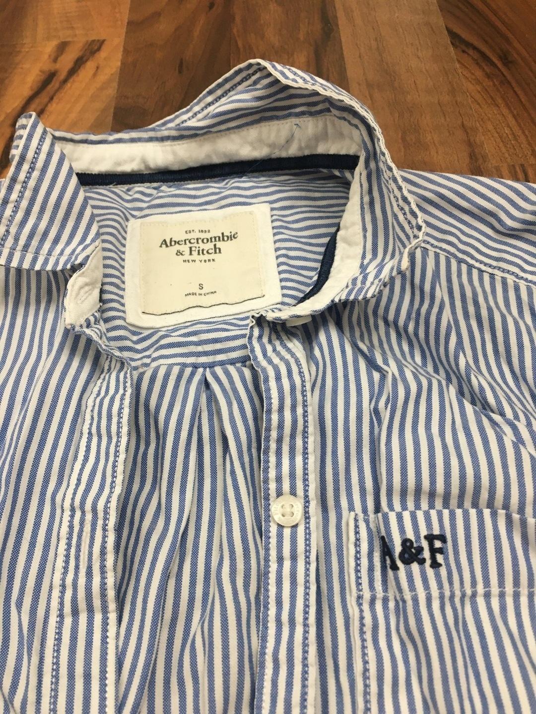 Damers bluser og skjorter - ABERCROMBIE & FITCH photo 1