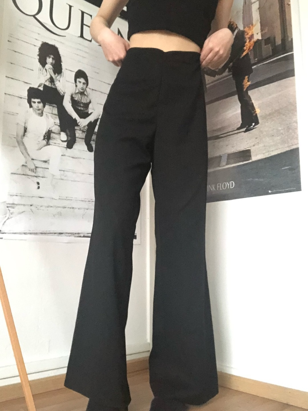 Women's trousers & jeans - YOUR FACE photo 1