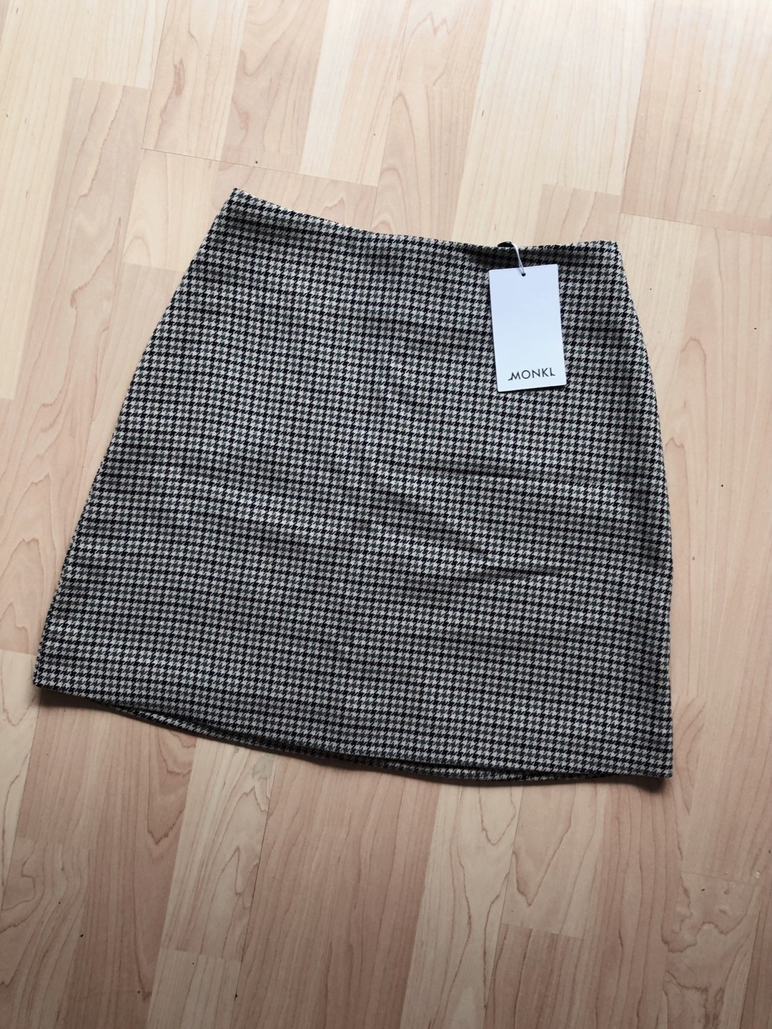 Women's skirts - MONKI photo 2