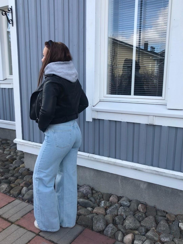 Women's trousers & jeans - JUNKYARD photo 1
