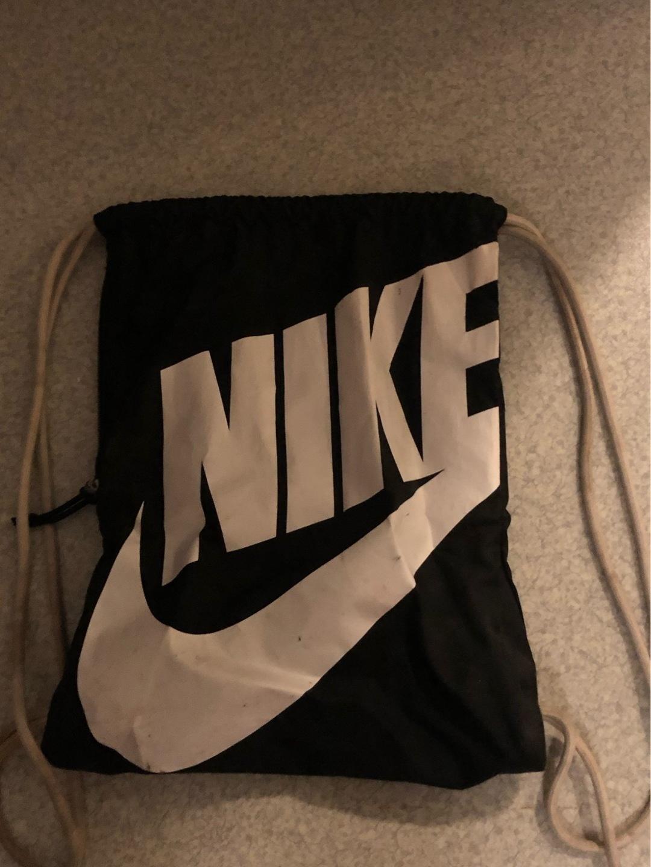 Women's bags & purses - NIKE photo 1
