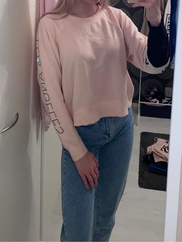 Damen kapuzenpullover & sweatshirts - HOLLISTER photo 3