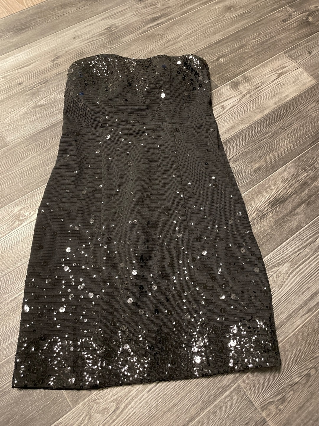 Women's dresses - LUXE COLLECTION photo 1