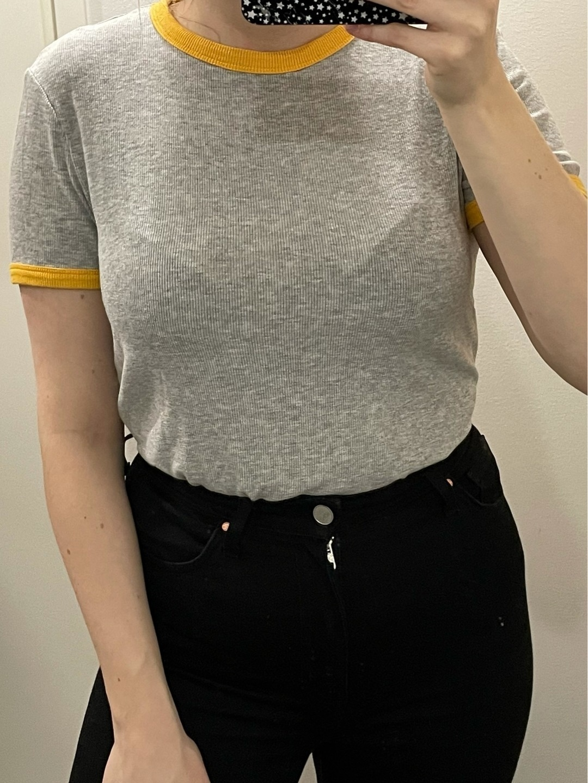 Women's tops & t-shirts - BERSHKA photo 1