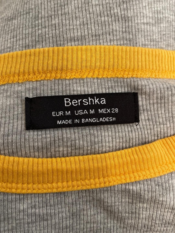 Women's tops & t-shirts - BERSHKA photo 3