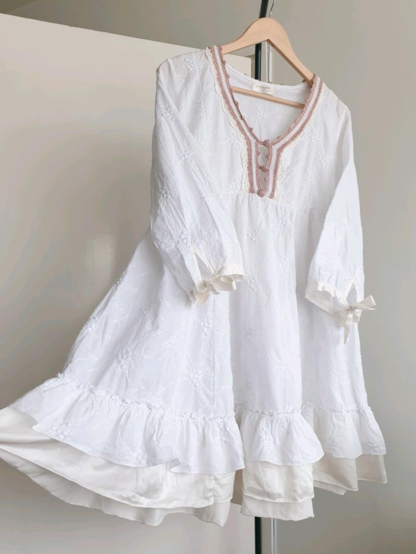 Women's dresses - ESTER ELENORA photo 1