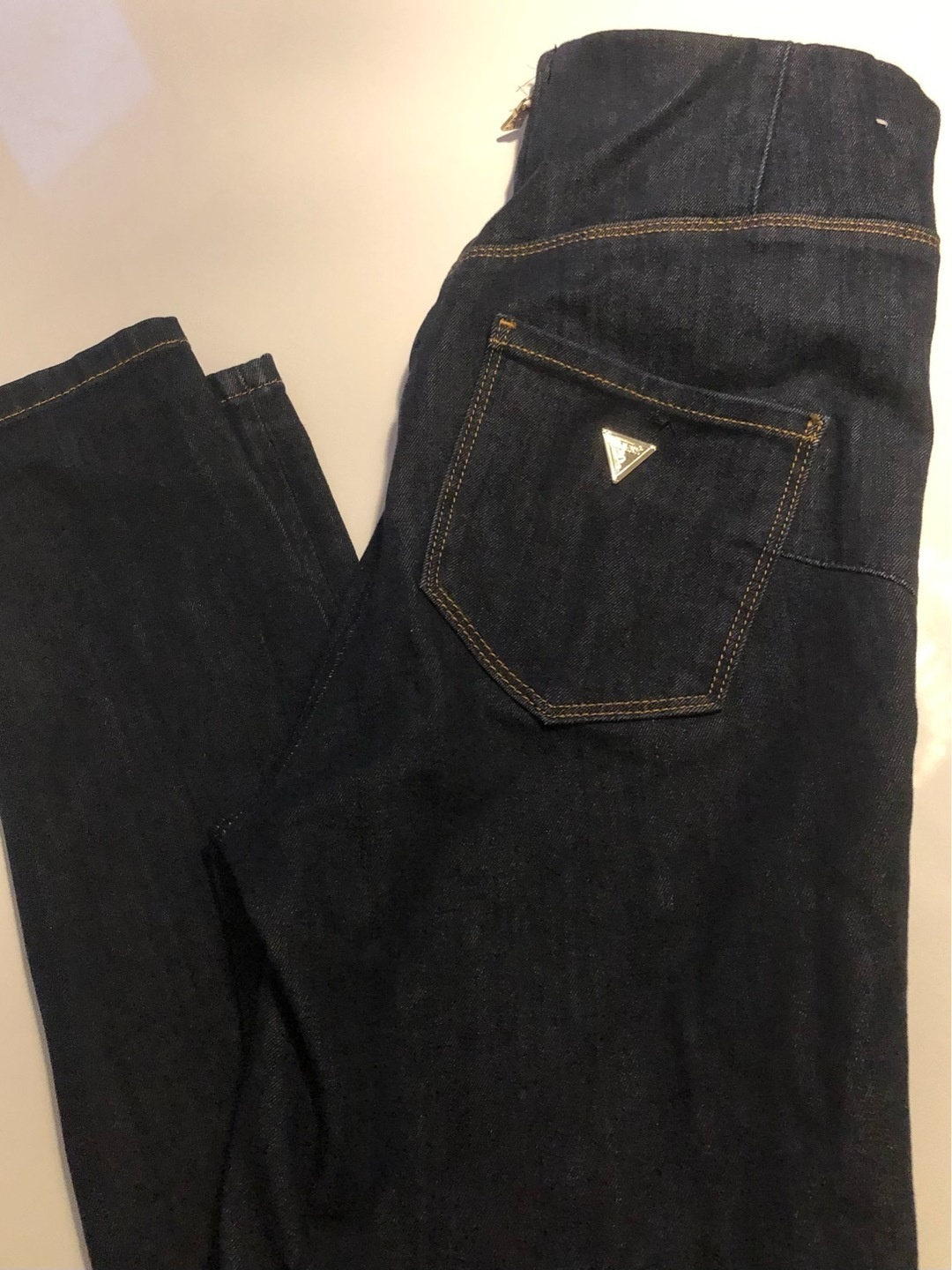 Women's trousers & jeans - GUESS photo 2