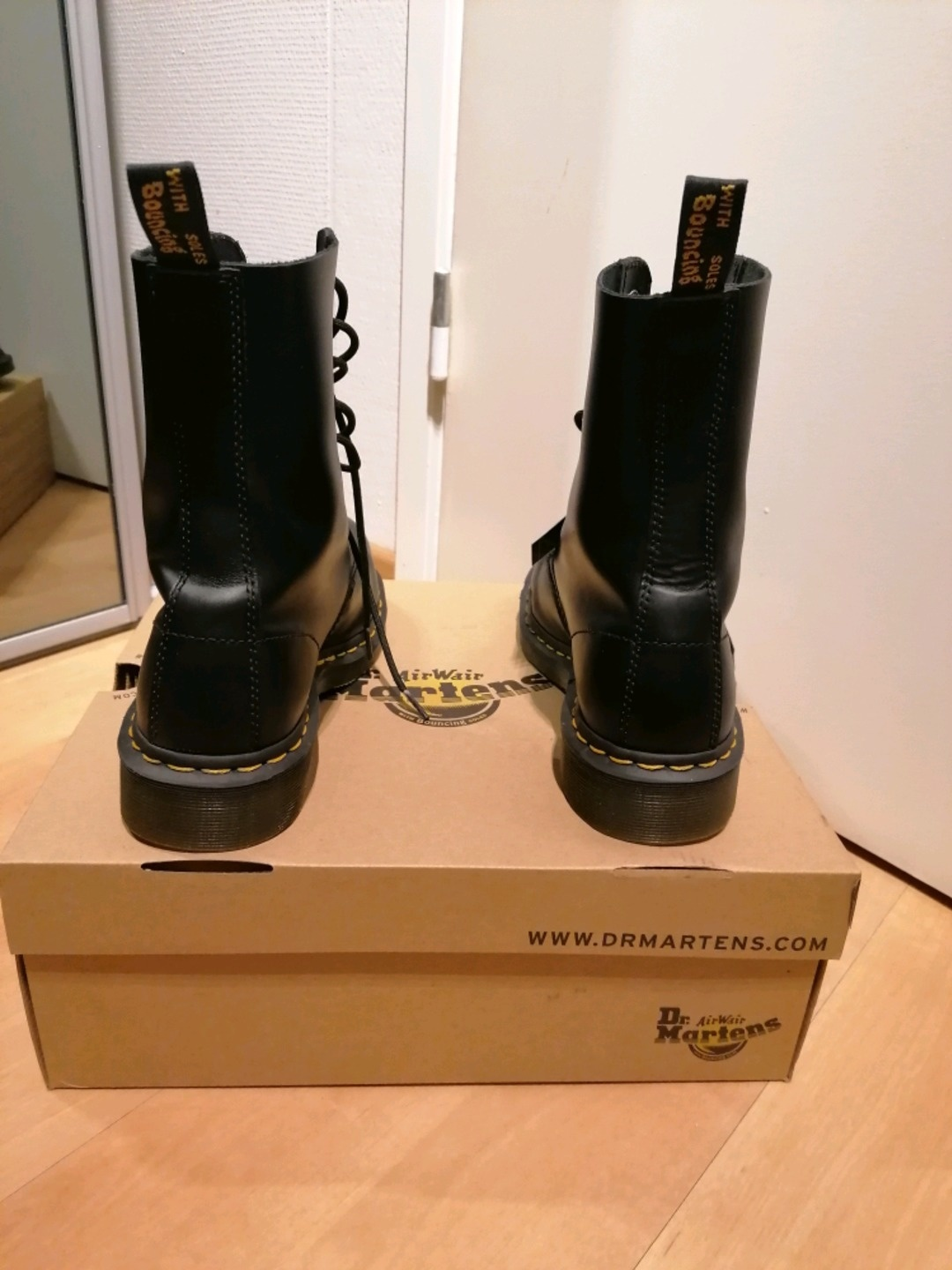 Women's winter & rain - DR. MARTENS photo 2