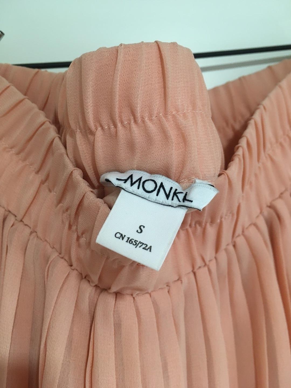 Women's skirts - MONKI photo 4
