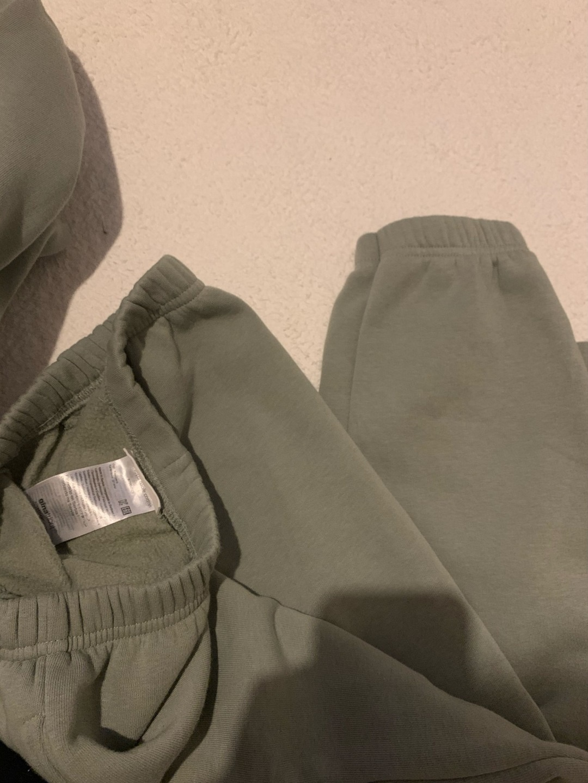 Women's hoodies & sweatshirts - GINA TRICOT photo 3