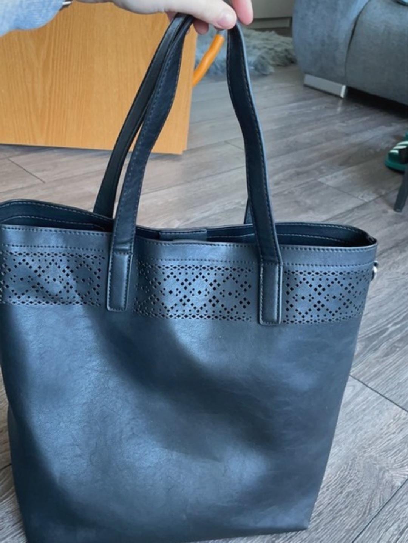 Damers tasker og punge - ANNA FIELD photo 1