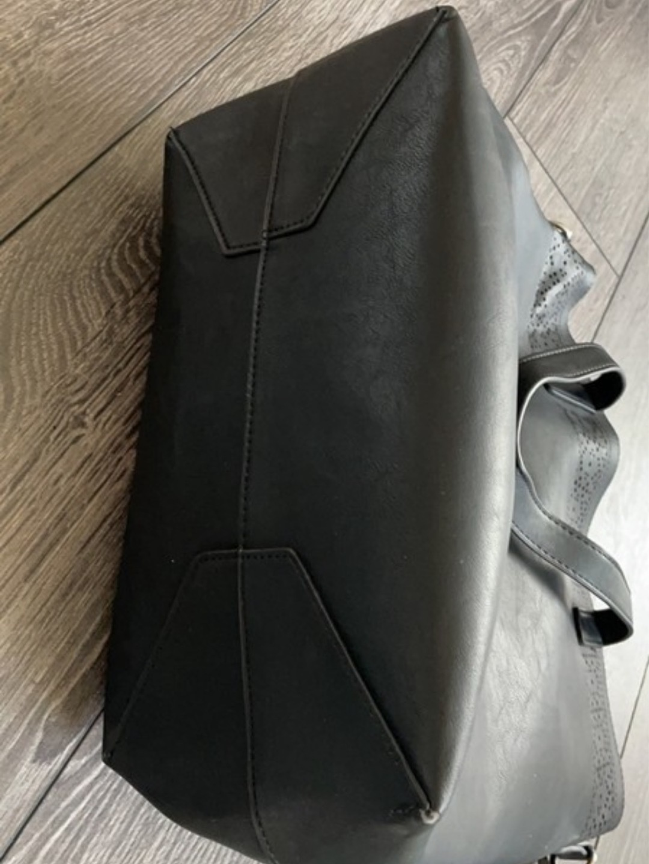 Damers tasker og punge - ANNA FIELD photo 3