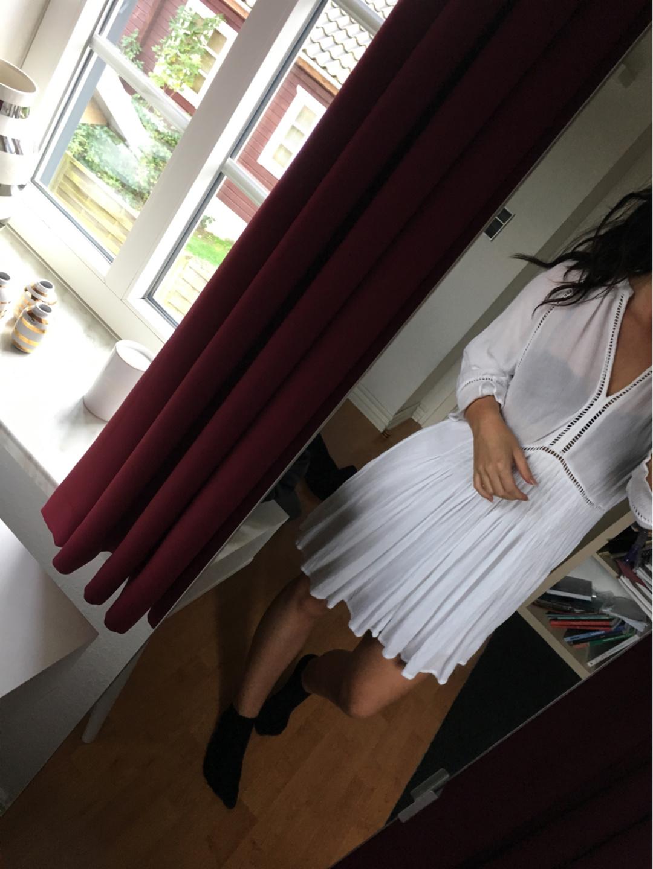 Damers kjoler - NEO NOIR photo 1