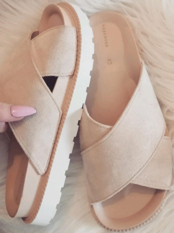 Damen sandalen & slipper - RESERVED photo 2