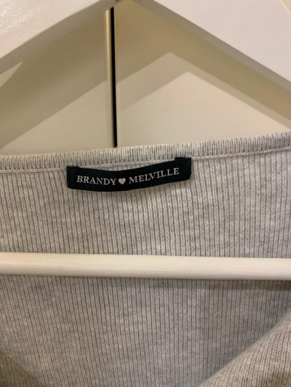 Women's blouses & shirts - BRANDY MELVILLE photo 3