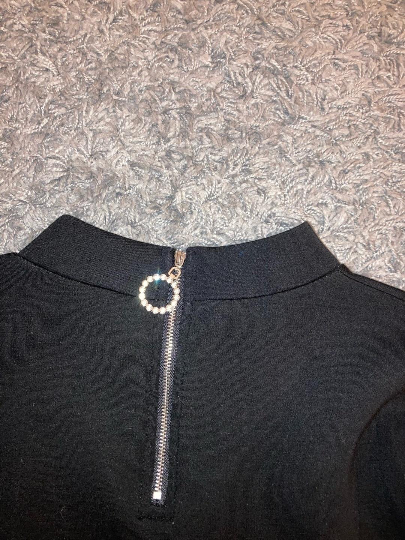 Women's hoodies & sweatshirts - GUESS photo 3