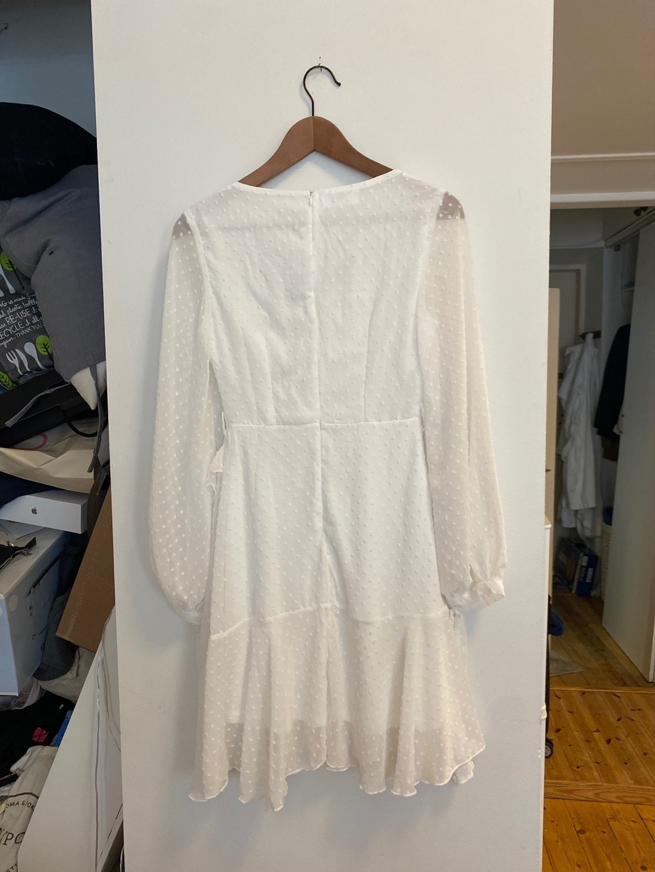 Women's dresses - DENNIS MAGLIC photo 3