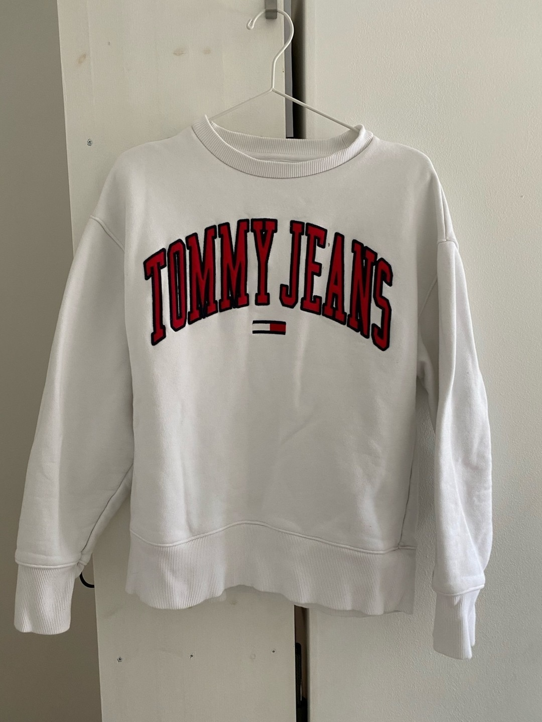 Women's hoodies & sweatshirts - TOMMY JEANS photo 1
