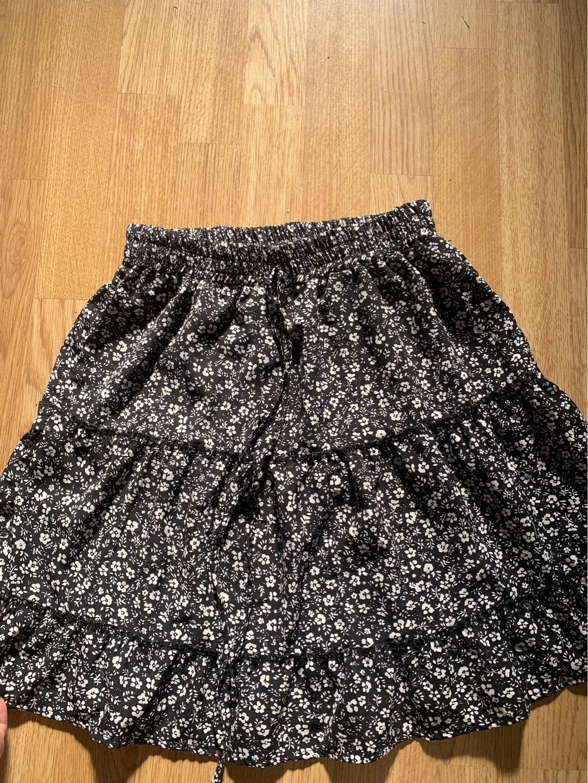Women's skirts - SHEIN photo 1