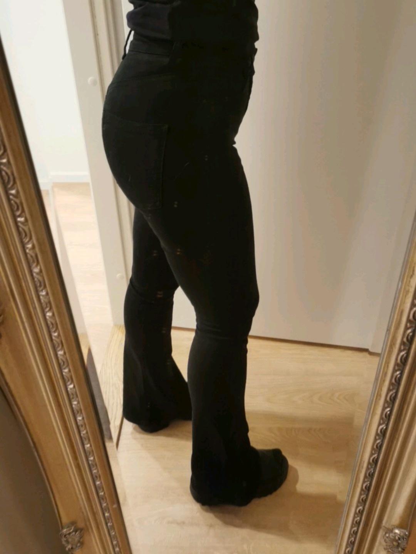 Damers bukser og jeans - GINA TRICOT photo 2