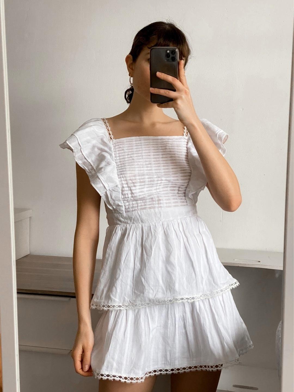 Women's dresses - SUBTITLED photo 1