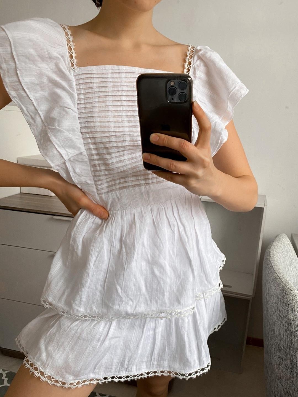 Women's dresses - SUBTITLED photo 3