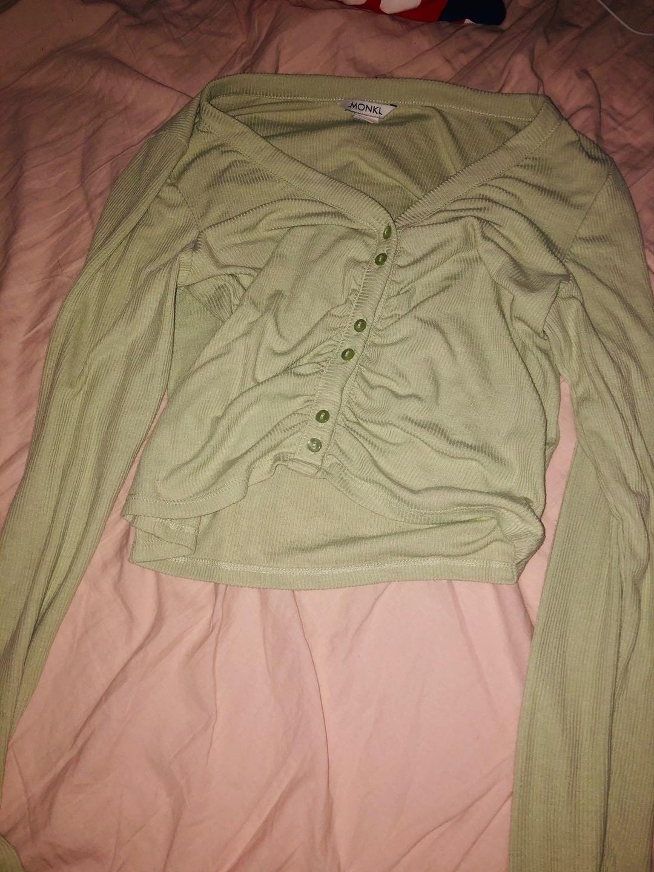 Women's blouses & shirts - MONKI photo 2